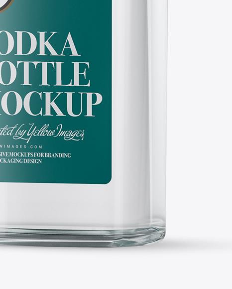 Download 500ml Square Clear Glass Vodka Bottle Mockup PSD - Free PSD Mockup Templates