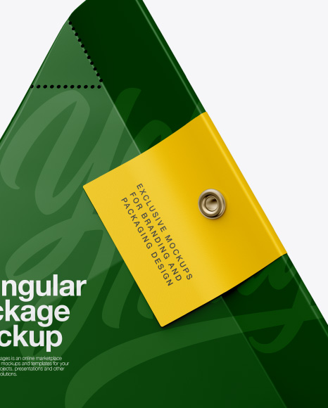 Download Triangular Package Mockup Front View PSD - Free PSD Mockup Templates