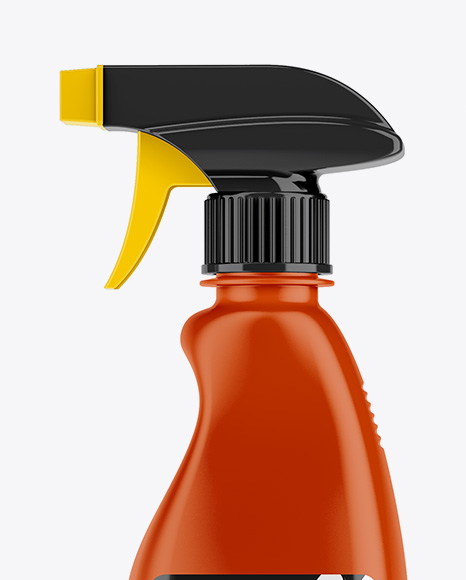 32oz Spray Bottle Mockup