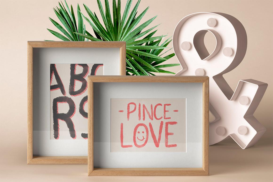 Pincelove Handscript Font